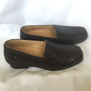 "Size 7 Brown Leather ""Comfort Performance"" Loafer"